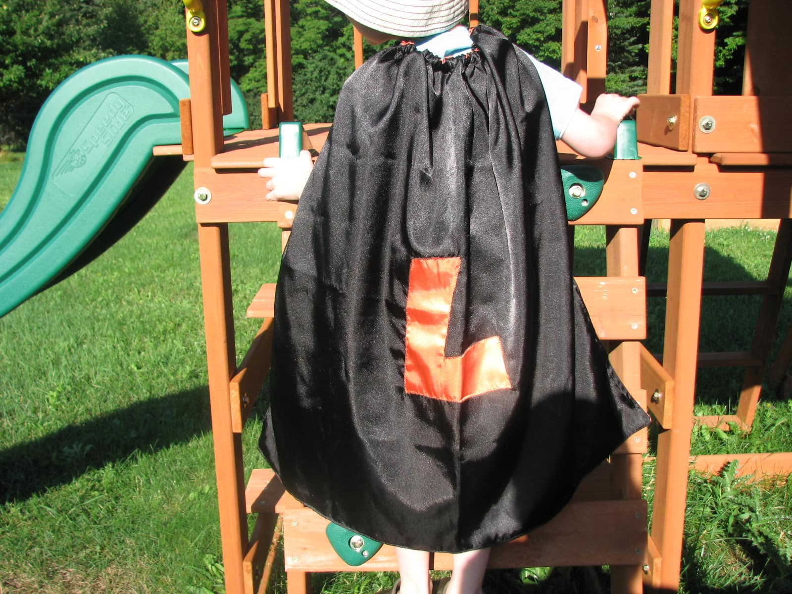 Lollipops and Polka Dots~ Superhero Capes {Review & Giveaway}