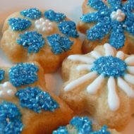 Wilton Snowflake Sugar Cookies are Fun and Easy