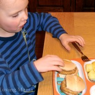 A Quick & Easy Dinner with Tyson Mini Chicken Sandwiches #TysonGoodness #CBias