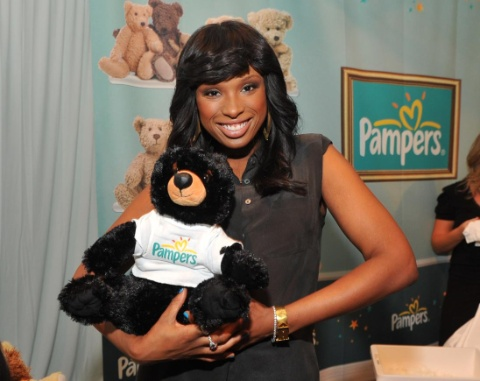Pampers Wipes Get A New Look Amp Free Lullaby From Jennifer