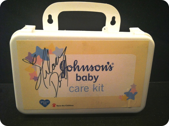Moms Giving Back Johnson S 174 Baby Cares Amp Hilary Duff