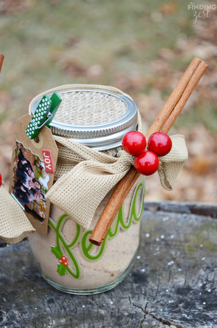 DIY Russian Tea Mason Jar Gift and Photo Tag for Christmas