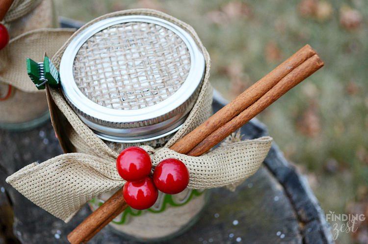 DIY Russian Tea Mason Jar Gift with Decorated Lid