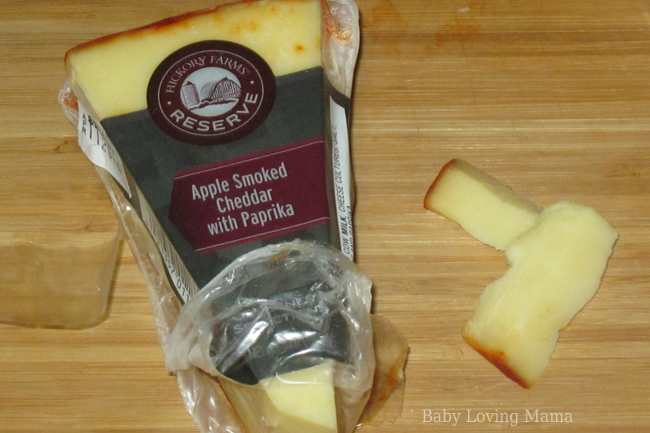 Hickory Farms Apple Smoked Cheddar