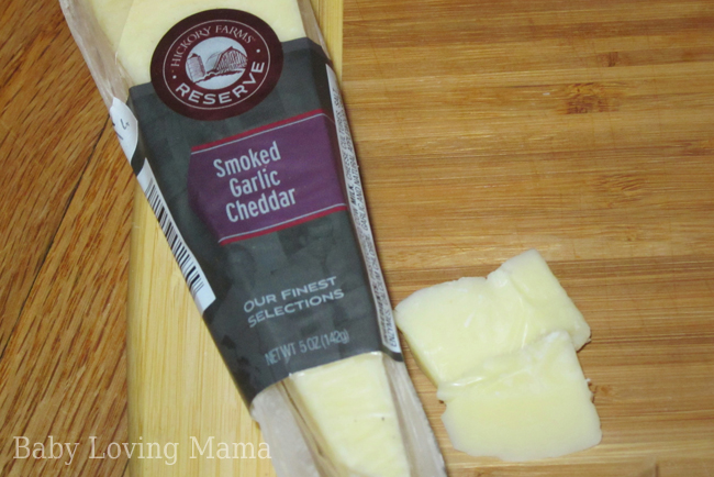 Hickory Farms Smoked Garlic Cheddar