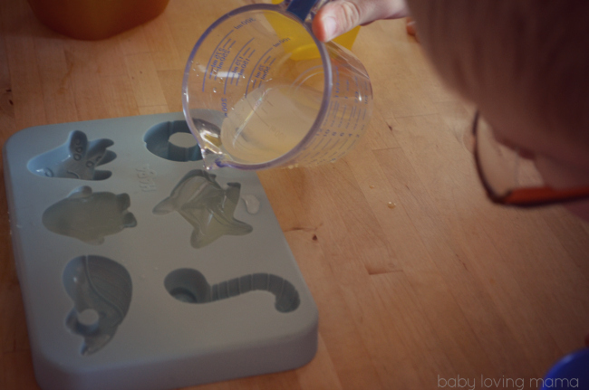 Haba Silicone Ice Cube Tray Water Party Filled