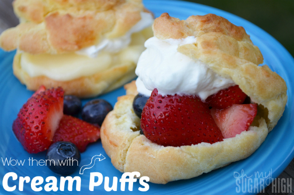 Cream-Puffs-Filled-with-Fruit-Pudding-Whipping-Cream