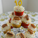 Hot Dog Cupcakes: How to Make Candy Hot Dogs