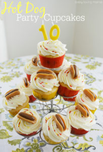 How to Make Hot Dog Cupcake Toppers