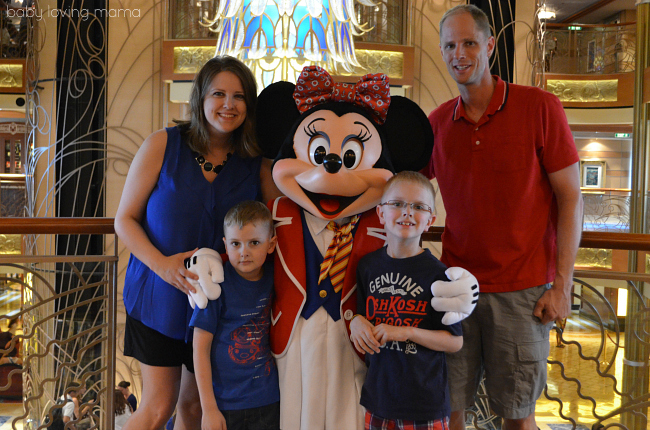 Minnie Mouse Family Picture on Disney Dream Cruise