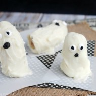 White Chocolate Banana Ghosts for Halloween
