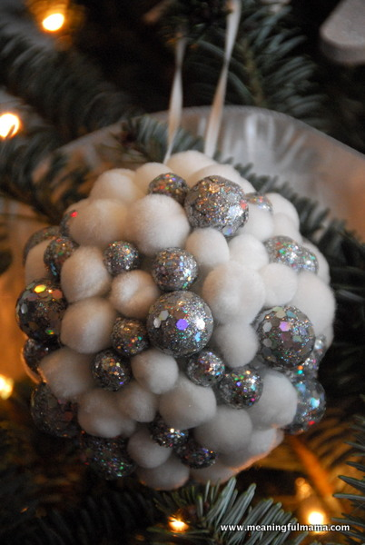 DIY-Christmas-Ball-Tree-Ornaments Meaningful Mama