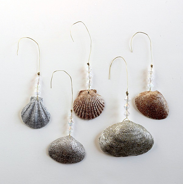 DIY-Christmas-ornaments-glittery-shells-mod-podge-rocks