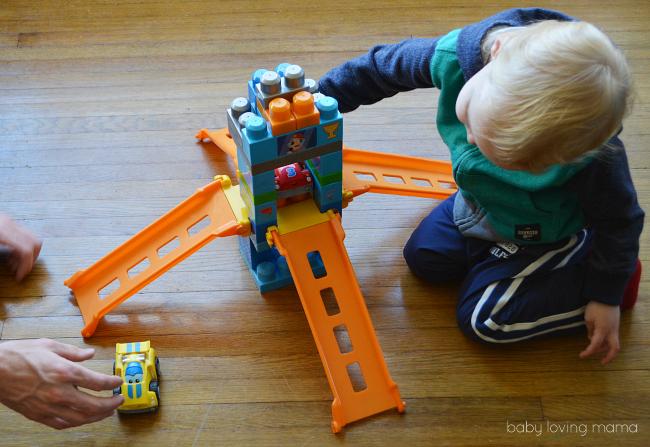 MegaBloks First Builders Raceway