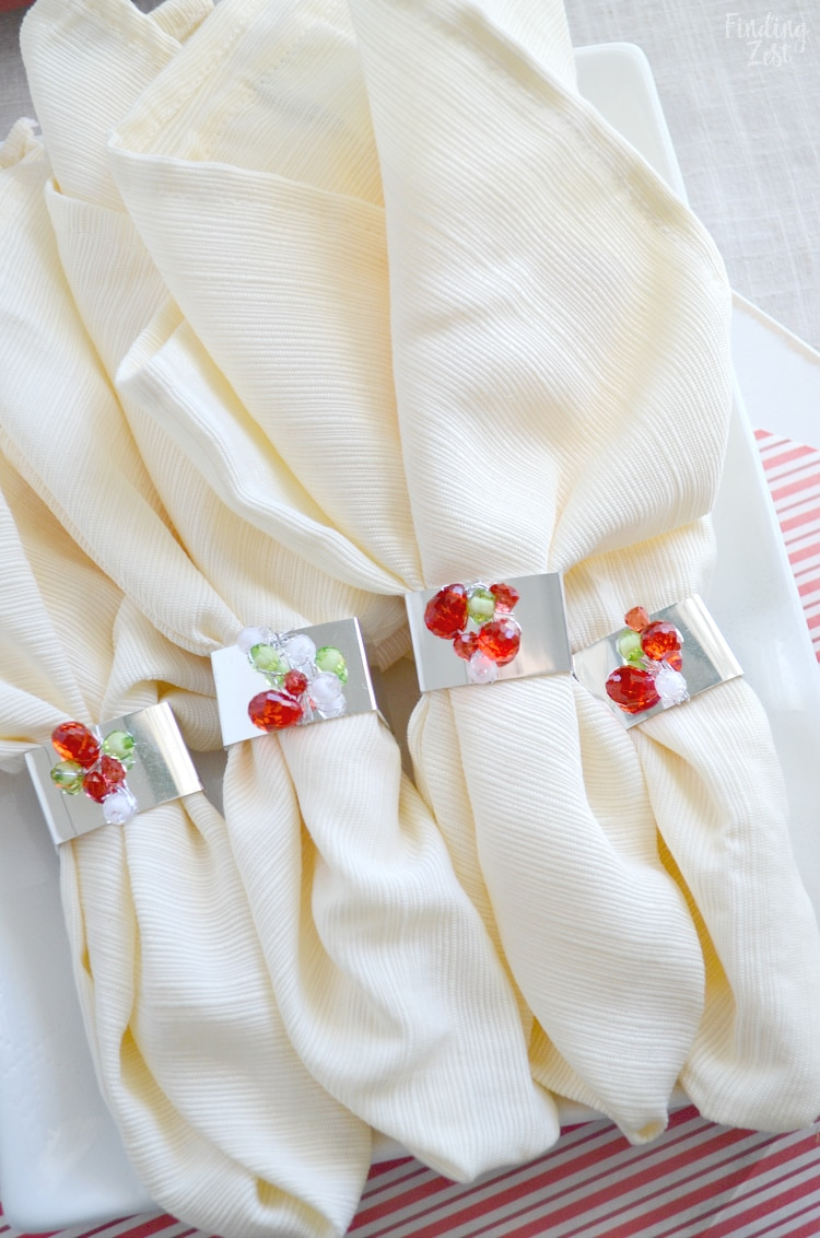DIY Napkin Rings holiday cream colored napkins