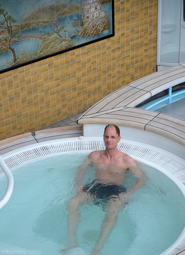 Princess Cruises Caribbean Princess Serenity Hot Tub