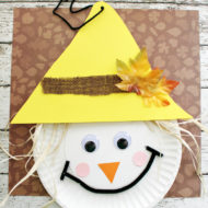 Scarecrow Paper Plate Craft for Thanksgiving