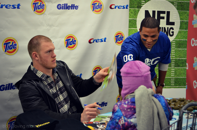 Kyle Rudolph Minnesota Vikings Signing Autographs