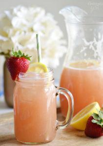 Homemade Strawberry Rhubarb Lemonade Recipe