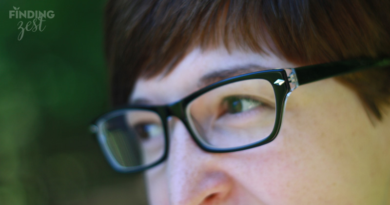 GlassesUSA Karlie Black side