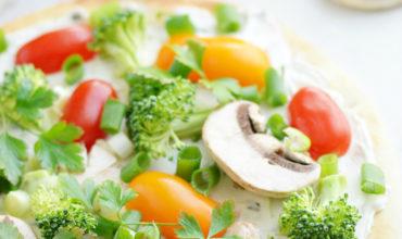 Veggie Flatbread Appetizer | Mini Chef Mondays