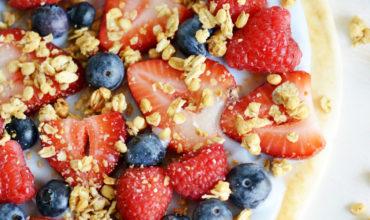 Yogurt Fruit Breakfast Pizza | Mini Chef Mondays