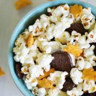 Fun School Lunchbox Ideas: Everybunny Snack Mix