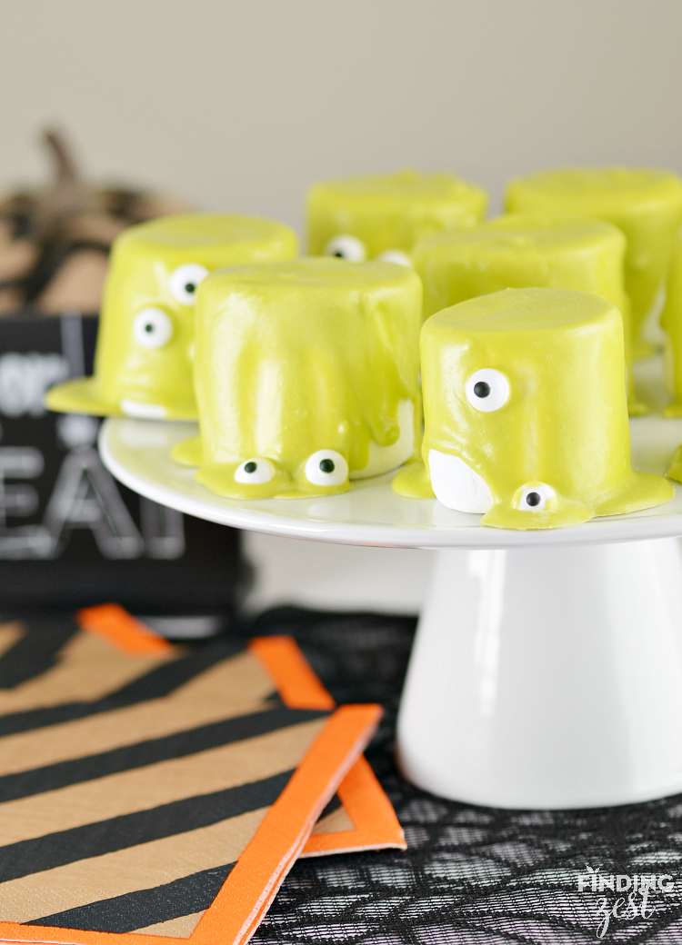 How to Make Monster Marshmallows for Halloween