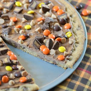Peanut Butter Chocolate Chip Cookie Pizza - Finding Zest