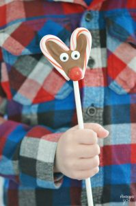 These no-bake Candy Cane Reindeer Pops are a fun holiday treat. They are easy and are a great homemade food gift that kids can help you make!
