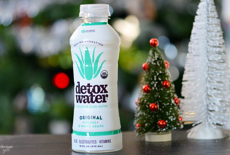 Enjoy healthy hydration with detoxwater! With only 30 calories per bottle, detoxwater™ delivers the clinically proven benefits of pure aloe juice – an ingredient known to support immune function, healthy digestion, nutrient absorption, and improved skin elasticity!