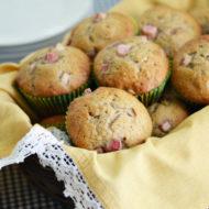 Rhubarb Banana Muffins