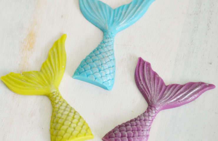 How to Make a Sparkling Chocolate Mermaid Tail
