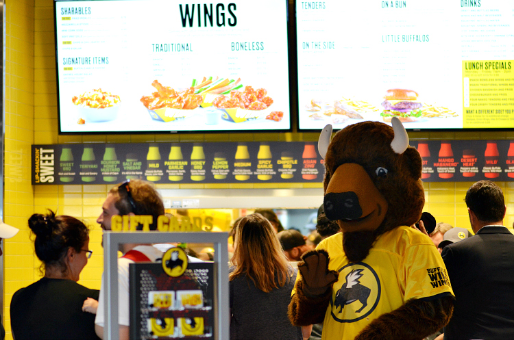 We enjoyed a special preview night at B-Dubs Express, a small format location from Buffalo Wild Wings. Come check out this new concept!