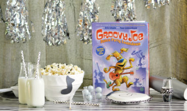 White Chocolate Drizzle Popcorn + Groovy Joe Dance Party Countdown