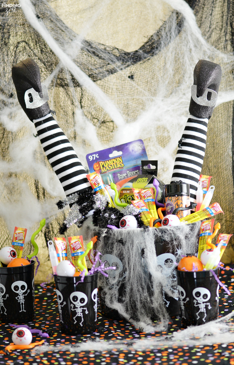 Searching for non-candy Halloween gift ideas for kids? Make a spooky Halloween bucket that is sure to wow them, no candy necessary!