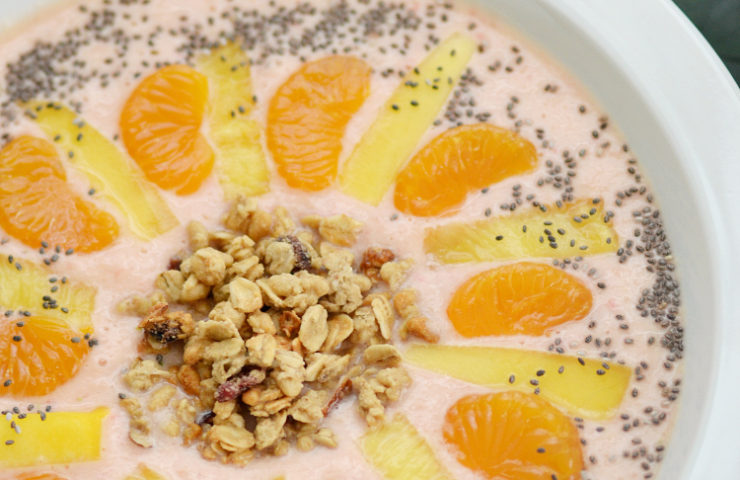 Tropical Smoothie Bowl for Spring