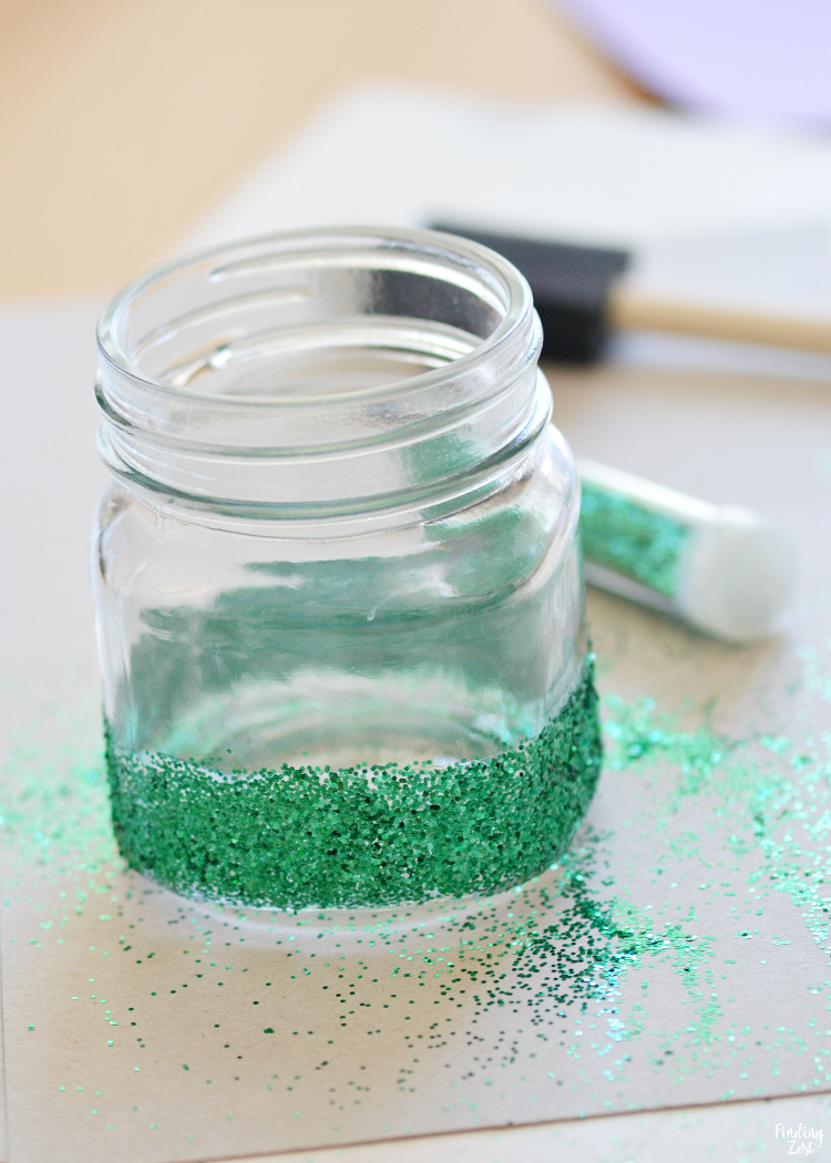 Need some little mermaid party ideas? You'll love these versatile little mermaid party favors! This DIY glitter jar can be filled with your favorite candy, drink mix, slime, bath salts or other fun trinkets to hand out to guests!