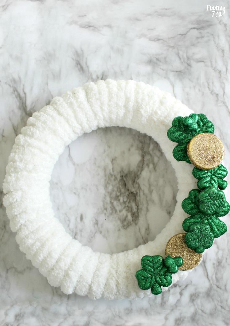 Shamrock Wreath St Patrick S Day Decorations Diy Finding Zest