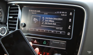 Bluetooth iPhone Music 2019 Mitsubishi Outlander SEL
