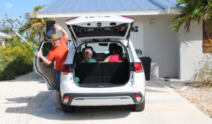 Family of six in 2019 Mitsubishi Outlander SEL