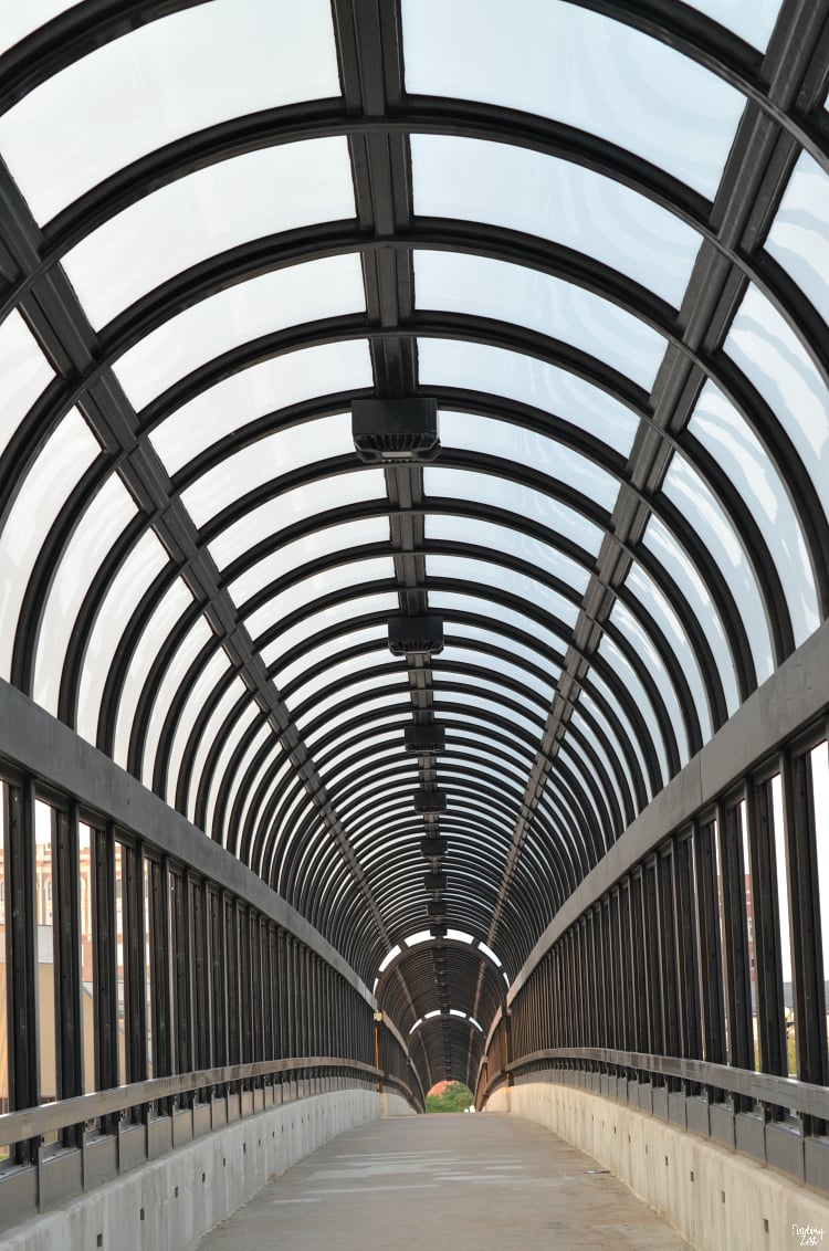 Arched Steel Canopy Bridge in Waterloo Iowa