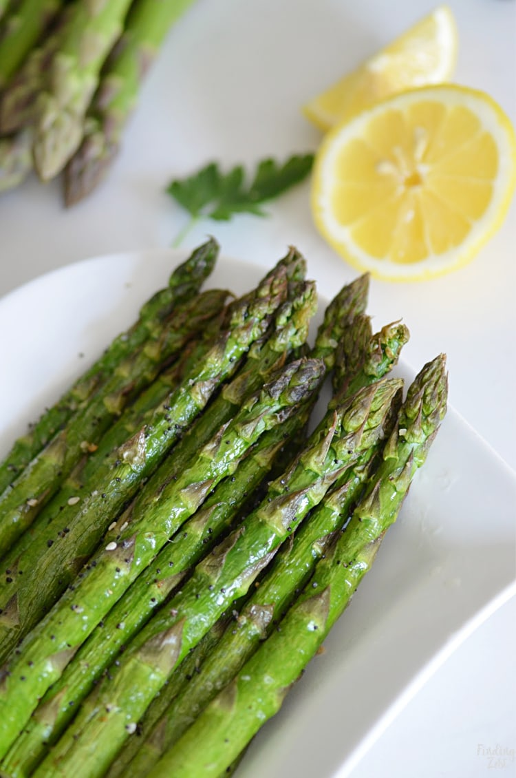 Everything but the Bagel Asparagus is the side dish you didn't know you were missing. Skip turning on the oven and cook your asparagus in the air fryer for an amazing side dish! Only a few ingredients are required.