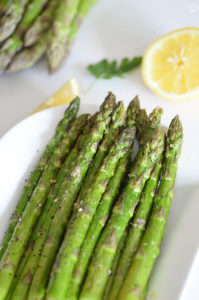 Everything but the bagel asparagus ready to serve as your new favorite side dish!