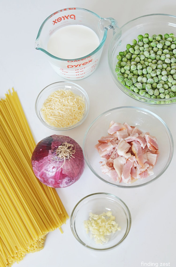 Ingredients needed for Pasta Peas Bacon