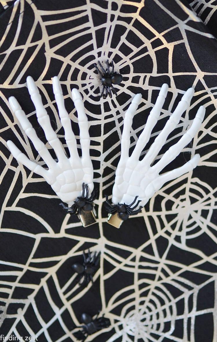 Bat or Skeleton-hand or Spider Hairclip