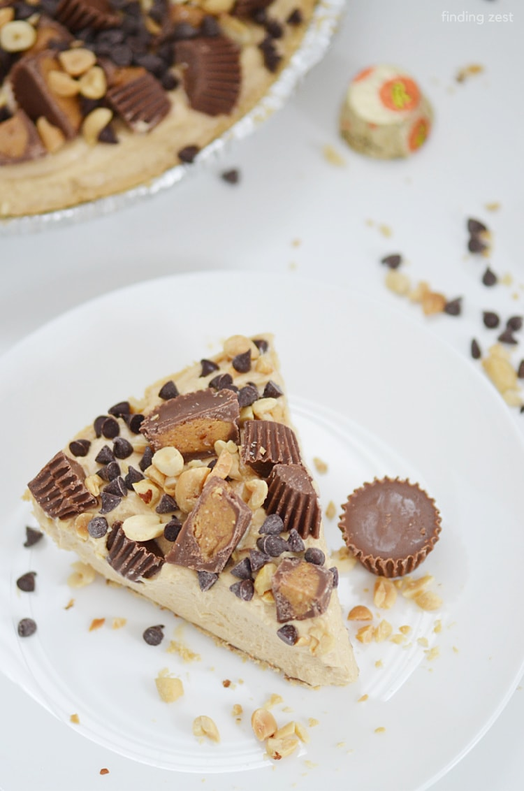 This Easy Peanut Butter Pie is a snap to put together in just 15 minutes! Top with your favorite chocolate and peanut butter candies, peanuts and chocolate chips!